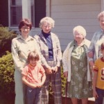 Auntie & Family 1976a