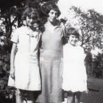 Auntie & Trella 1927a